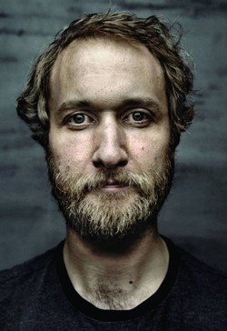 Singer Craig Cardiff Appeals to the Lost to Hang On
