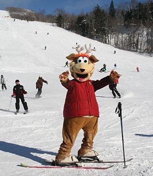 Mascot Toufou hits the slopes.