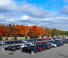 cars-parked-at-testfest-2016-2400px