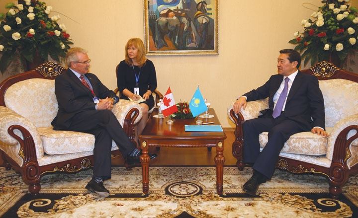 Canadian Minister of Agriculture (LEFT) Gerry Ritz with the Prime Minister of Kazakhstan, Serik Akhmetov.
