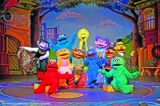 Sesame Street's Sunny Days Bring Winter Warmth to Ottawa