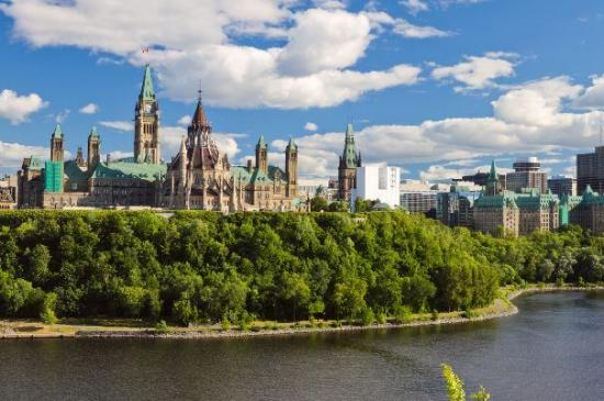 What To See In Ottawa And How To See It