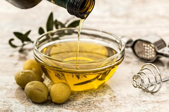 DIY – Infused olive oils at a fraction of the price of gourmet shops