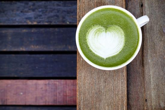 5 Reasons Why You Should Be Drinking Matcha