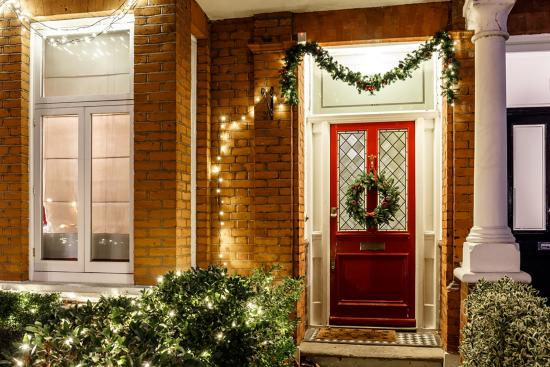 5 ways to prevent break-ins during the holidays