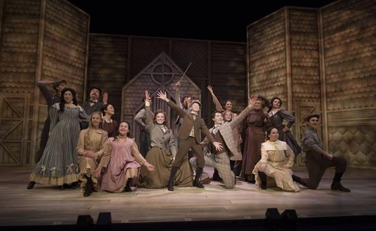 Ho! Ho! Head to the Theatre!
