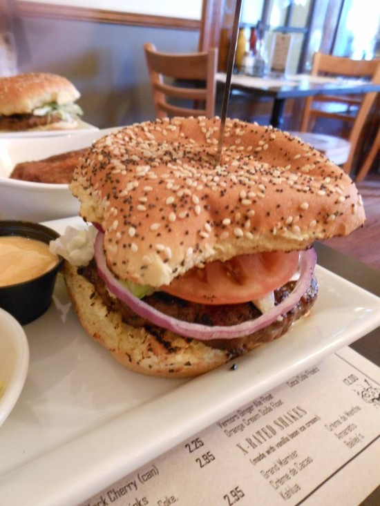 New Burger Place Opens Downtown