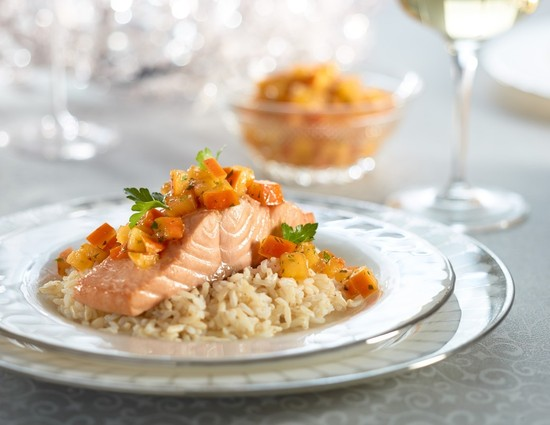 Poached Salmon with Persimon® Lime Salsa