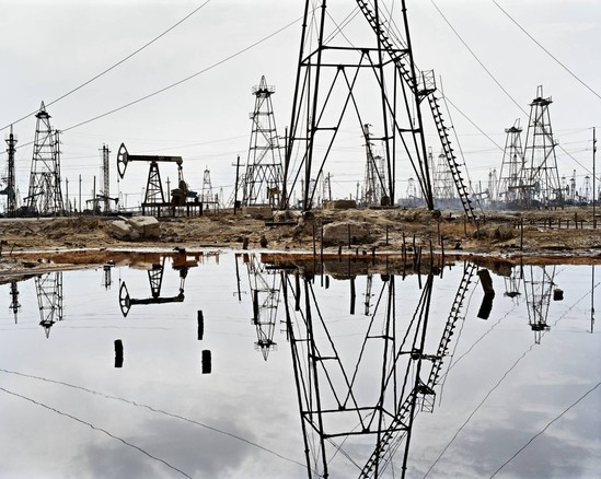 Edward Burtynsky: Oil – Unsettling Photo Exhibit Coming to Canadian Museum of Nature