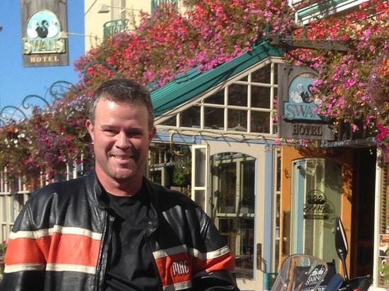 Representing Canadian Workers: IBEW Member Francis Vaillancourt