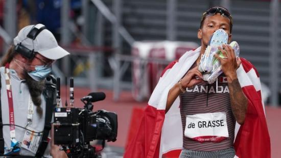 De Grasse unleashes 'wow' factor