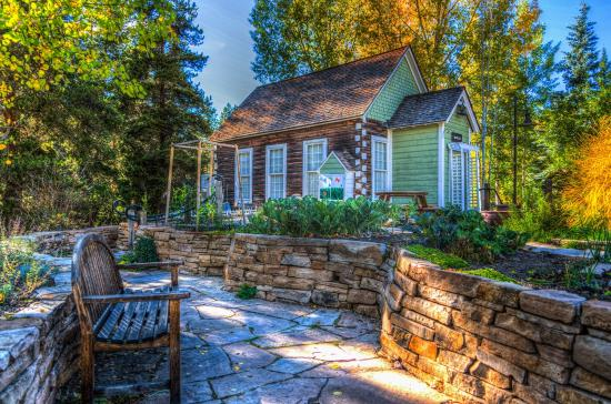 Essential summer home improvement tips