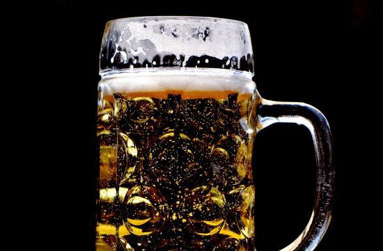 10 Must-Have Beer Accessories under $50