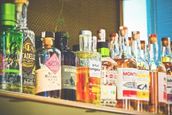 BEST OF OTTAWA 2019: Cocktail & Wine Bars
