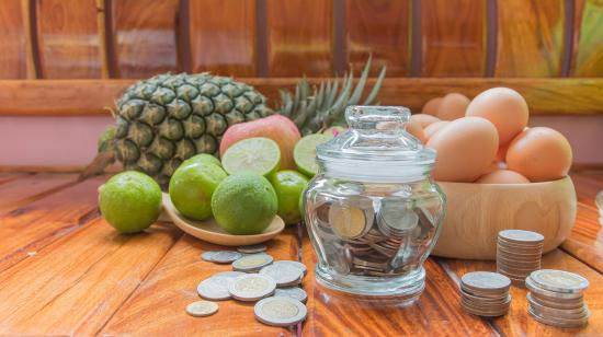 10 tips to help you save money on groceries