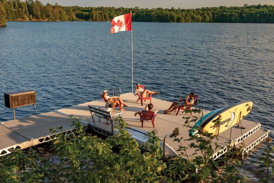 CanadaDocks — Where fun on the water begins