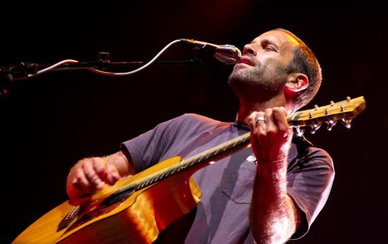 CityFolk Review: Jack Johnson Plays the Joker, Not the Fool