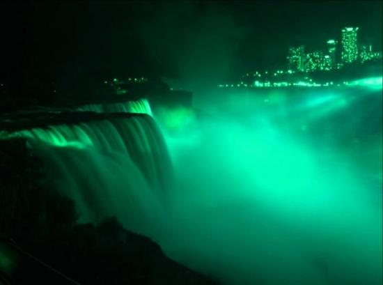 'Green light' for St Patrick's celebrations around the world!