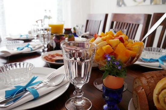 Easter Brunch Ideas for the Lazy Cook