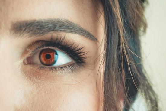 Attraction Towards Lenses in Modern World