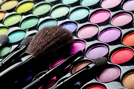 Cosmetic Catastrophe: Toxins in your Makeup Bag