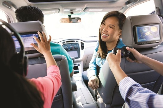Electronic Gizmos and Family Travel: Can They Co-exist?