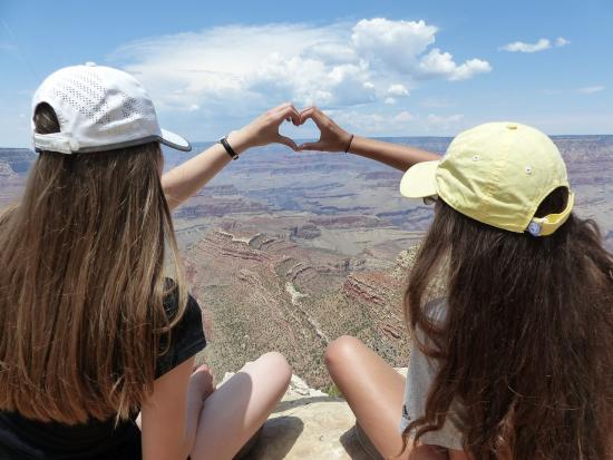Student exchanges as an excellent way to combine studying and traveling