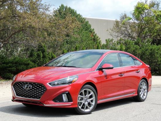 Hyundai continues to refine popular mid-size Sonata