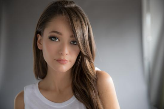 Kira Isabella Is Searching for a One Horse Town