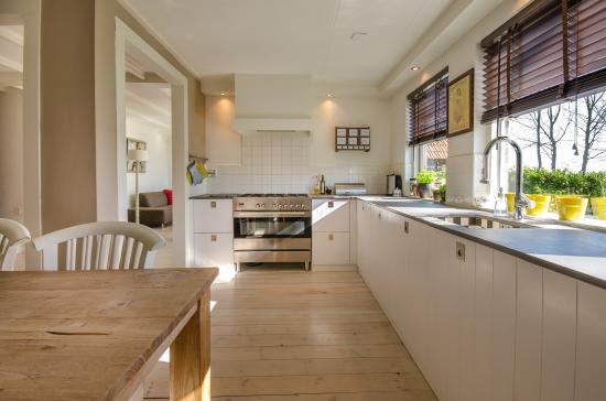 2019's Guide to Purchasing Ready-to-Assemble Kitchen Cabinets