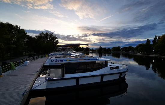 Le Boat — Close to home yet far from ordinary
