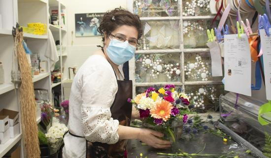 Florist Maggie Freitas is filling Ottawa homes with blooms of love