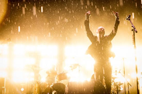 Lightning Crashes Bluesfest