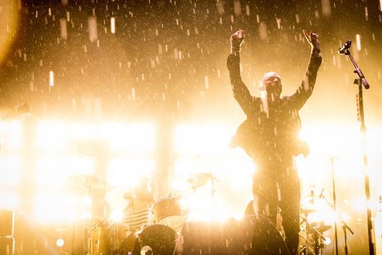 Lightning Crashes Bluesfest