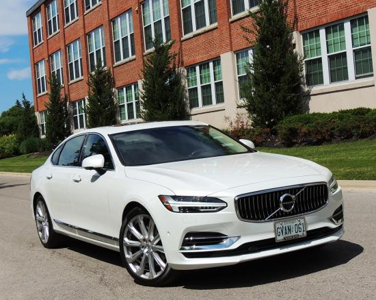 More power, less fuel with plug-in Volvo flagship