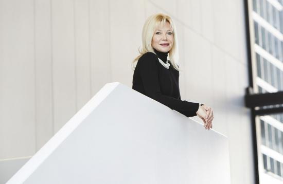 OAG Director & CEO Alexandra Badzak receives Victor Tolgesy Arts Award