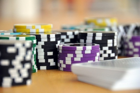 The Social Side of Online Gambling