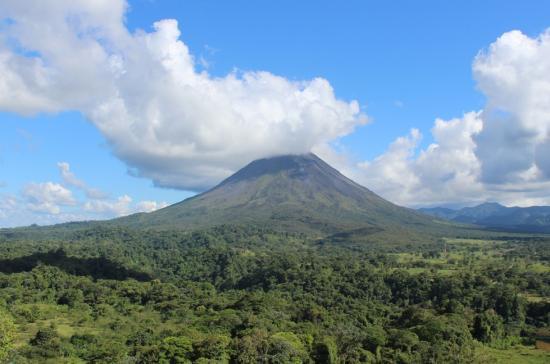 Exploring the land of Pura Vida