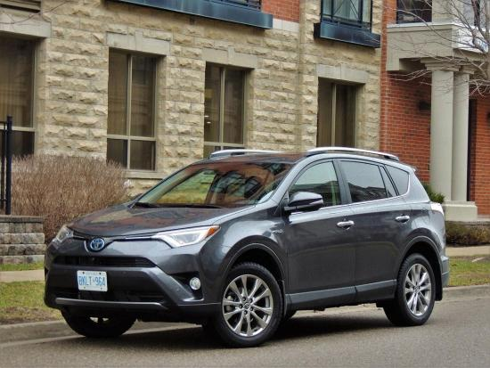 RAV4 Hybrid takes top honours for green motoring