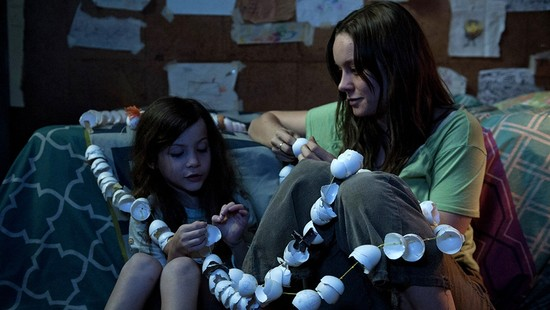 "Film Review: ""Room"" opens a door on abuse, wonder"