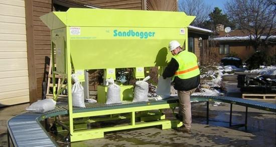 Sandbagging machines give new options for flood preparedness