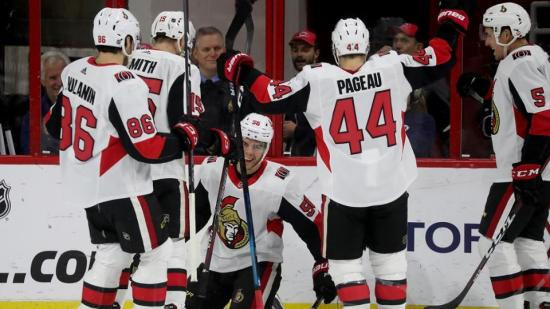 Spirits lifted for Senators during dads' trip