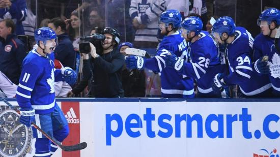 Leafs visit supplies shining example