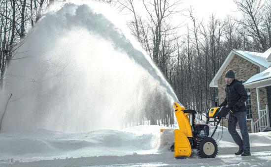 Choosing a Snow Blower: 1-stage, 2-stage, or 3-stage?