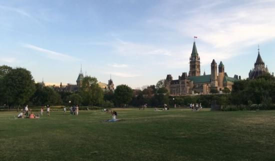 Life in Ottawa: 4 ways to spend your weekend in the capital
