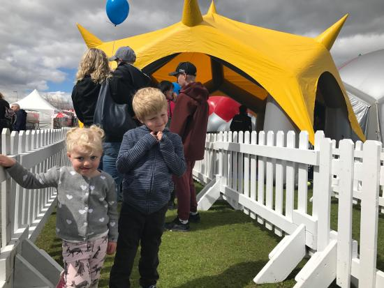 The Children's Festival Provides a Colourful Experience for Kids of All Ages