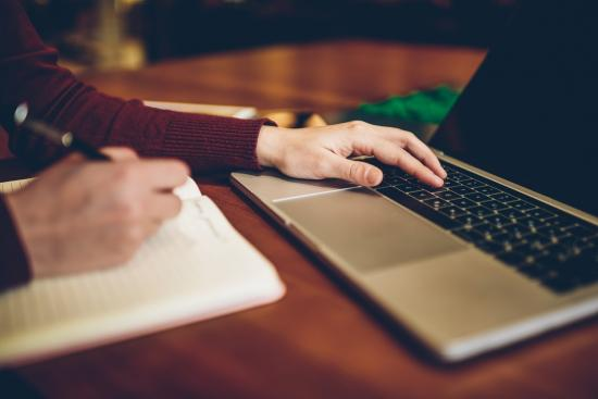 Criteria for Choosing a Top-Rated Essay Writing Service