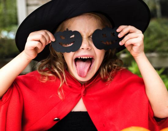 5 tips for keeping your kids safe on Halloween night