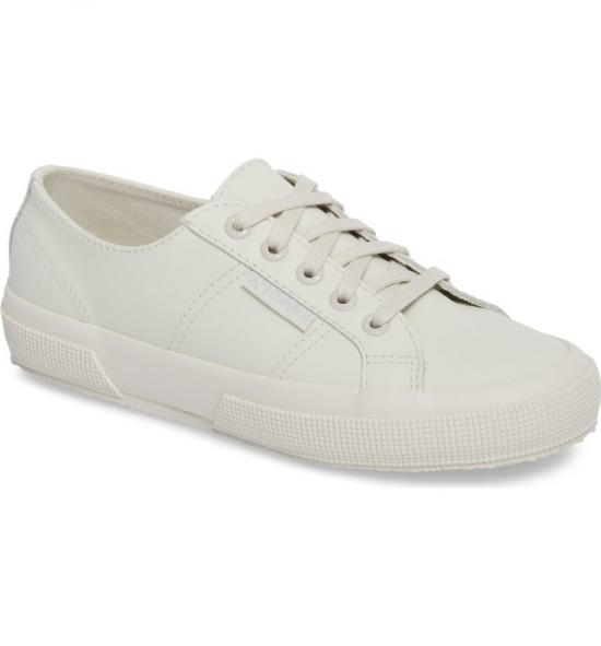 Why you should wear white shoes AFTER Labour Day… and How