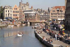 A view of the canal in Ghent. (Credit: City of Ghent Tourist Office)